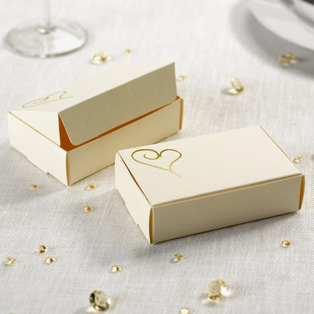 Contemporary Heart Cake Boxes - Ivory & Gold 10 Pack | Trade ...